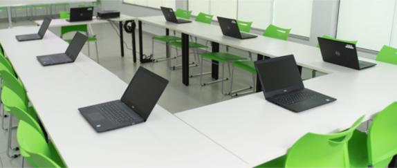 Banner central - Espaços de estudos com notebooks