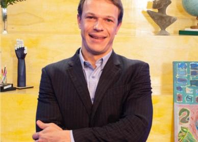 Coordenador Cassio Schneider Bemvuti