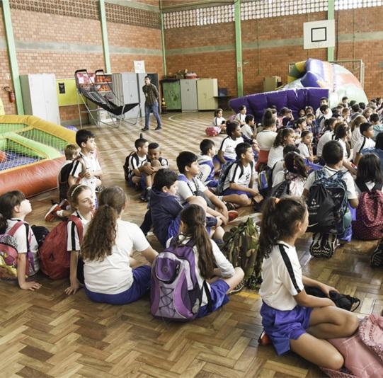 Projeto atende a crianças da Escola Edmundo Strassburger
