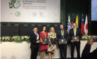 Professores receberam prêmio durante congresso