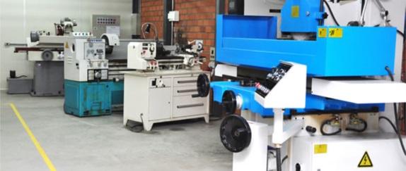 Laboratório de Usinagem Especial e Robótica