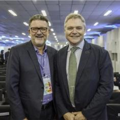 Cleber Prodanov e Luís da Cunha Lamb, secretário da Inovação, Ciência e Tecnologia do Rio Grande do Sul