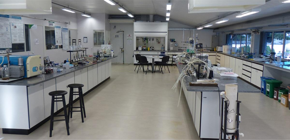 Laboratório de Síntese de Polímeros e preparação de membranas