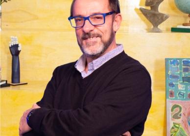 Coordenador Marcos Emílio Santuário